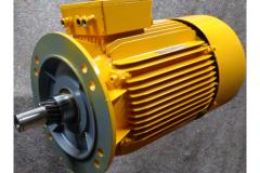 Elektromotor gelb lackiert